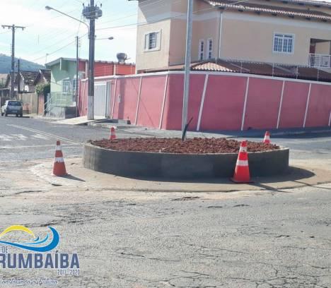 Construção da Rotatória próxima aos Cleub'S Bar